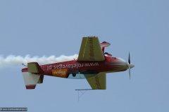 2010-12-06-Goraszka-Goraszka-Air-Picnic-0253-Extra-300L