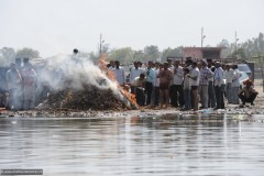 2011-03-22-India-256-Gurd