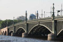 2013-06-05-Saint-Petersburg-0129-Trinity-Bridge