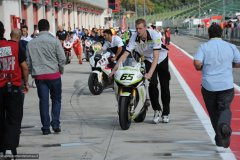2010-09-25-Imola-3283-Superbike-Box-Pitlane