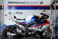 2010-05-08-Monza-2066-Superbike-Box-Pitlane